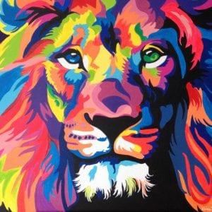schilderij van gekleurde leeuw in acryl door linda vd bergh